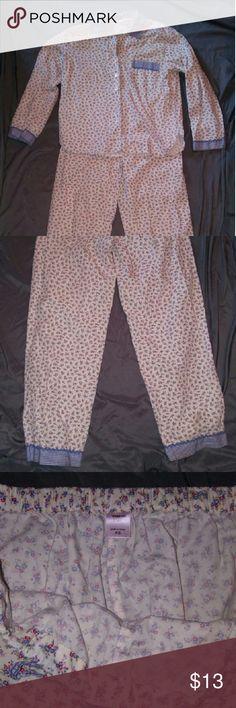 Victoria's Secret XS pajama set button down top and drawstring pants. 100% Cotton. Floral pattern. Very cute!! Victoria's Secret Intimates & Sleepwear Pajamas