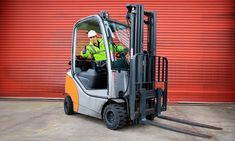 Forklift Driving Course: One, Three, Four, Five or Seven Days at Autec Training Nursing Schools In Colorado, Diving Lessons, Certificate Holder, Driving Courses, Intensive Training, Seven Days, Practice Exam, Heavy Machinery, Job Description