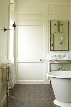 32 Small Bathroom Design Ideas for Every Taste - The Trending House Bathroom Interior, Modern Bathroom, Master Bathroom, Cream Bathroom, Bathroom Tray, Mosaic Bathroom, Minimalist Bathroom, Small Bathrooms, Bathroom Canisters