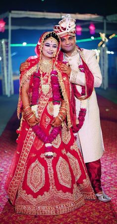 """Photo from Cinematx Pictures """"Wedding photography"""" album Indian Bride Photography Poses, Indian Bride Poses, Indian Wedding Poses, Wedding Dresses Men Indian, Indian Wedding Couple Photography, Indian Wedding Photographer, Hindu Wedding Photos, Indian Wedding Pictures, Indian Bridal Photos"""