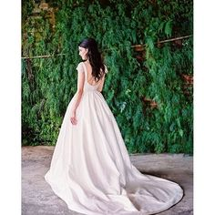 Such grace and style found in @alvinavalenta. Photo:@idobridalcouture