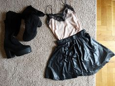 Sisters In Fashion:   My yesterday night outfit! I wore a leather blac...