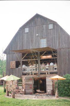 rustic barn wedding reception in Wisconsin #barnwedding #weddingvenue #weddingchicks http://www.weddingchicks.com/2014/02/04/cowgirl-wedding/