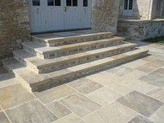 Searching for stone patio steps ideas? A garden patio produces an amazing and comfortable liveable space during the summertime – or simply into wintertime… Paving Stone Patio, Driveway Paving, Stone Driveway, Paving Slabs, Garden Paving, Paving Stones, Stone Patios, Walkway, Patio Steps