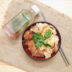 Japanese Tori Katsudon  Panko coated oven-fried chicken breast cutlet (fats trimmed) with coconut oil & fluffy egg with our very special katsudon sweet 'n salty konbu sauce. Served over bed of organic red rice 679 cal/serving. Based on 2000 kcal diet.  #eatclean #getlean #cleanleanJKT #cleaneating #lifestyle #healthy #gluttenfree #fatloss #musclegain #FitnotSkinny #lowcarb #protein #superfood #katering #healthycatering #kateringdiet#kateringsehat#greens #instafit #organic #lowfat…