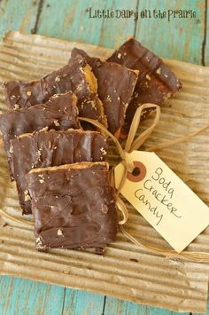 Soda Cracker Candy - serious YuM!!  and oh so easy!!