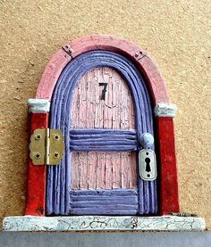 diy fairy door, diy home crafts, I found this Fairy Door at a flee market I needed to find a piece of wood to mount the door on to fit in the hole in the tree Diy Fairy Door, Fairy Doors, Diy Door, Garden Doors, Garden Gates, Diy Home Crafts, Door Crafts, Easy Crafts, Christmas Wreaths With Lights
