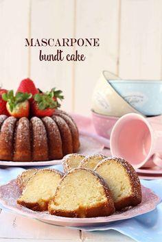 Receta de Mascarpone bundt cake, el bizcocho de los almuerzos