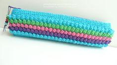 Estojo em croche pipocas  turquesa by pontinhosmeus on Etsy, €16.00