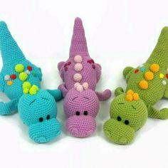 Pedro t rex amigurumi pattern – Artofit Crochet Crafts, Crochet Toys, Crochet Baby, Crochet Projects, Knit Crochet, Crochet Dinosaur Patterns, Amigurumi Patterns, Crochet Patterns, Girl Dinosaur