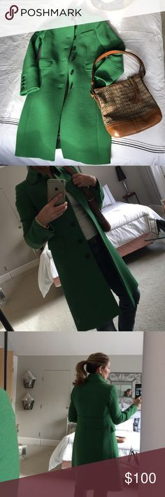 Wintercoat Fabulous kelly green winter coat. Lined. Button detail at the wrist area. Hooks at neck for those colder days. 3 faux pockets. Noticed a slight splatter type stain at third button. Not noticable in certain lighting. J Crew Jackets & Coats