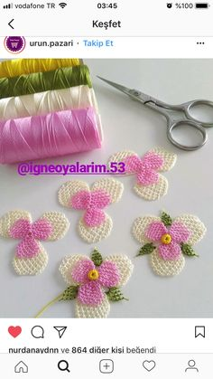 HUZUR SOKAĞI (Yaşamaya Değer Hobiler) Needle Tatting, Needle Lace, Tiny Flowers, Fabric Flowers, Filet Crochet, Knit Crochet, Yarn Dolls, Diy And Crafts Sewing, Pattern Images
