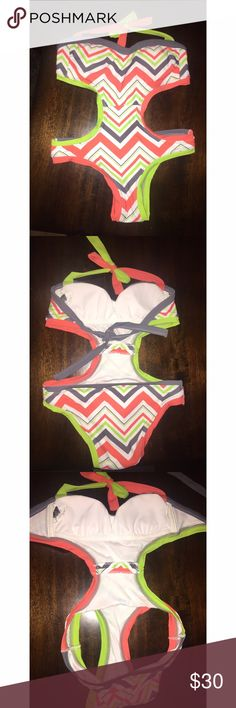 ZIG ZAG💚 CUTE MONOKINI 👙ONE PIECE BIKINI Excellent condition! Worn only once. White, gray, orange and lime green zig zag pattern. Comes with padding. Size small but can fit extra small as well. Very eye catching!! Brand for exposure. Purchased from Nordstrom Rack! BECCA Swim One Pieces