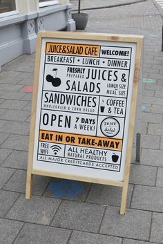 Cirque du Sweet: Juice and Salad Cafe in Amsterdam