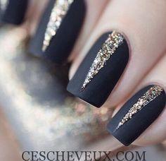 Nail White Design