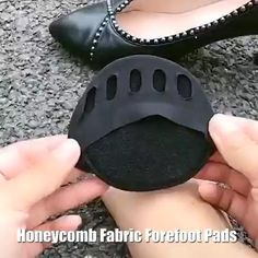 Wear your shoes with comfort and confidence!👠👡👞🥿 Perfect cushioning & decrease the pressure 🤩😍Better All-Day Comfort For Long Periods of Standing.Perfect For All Shoes!👠👡🥿 Comfortable High Heels, Fall Fireplace, Must Have Gadgets, Foot Pads, Cool Things To Buy, Stuff To Buy, Free Crochet, Fashion Shoes, Design Trends