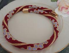 Salsa- Beaded crochet Necklace Halskette Rope von Inspiration auf DaWanda.com