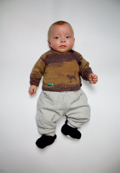 "Hand made unique baby boy ""Magical cat"" sweater in size 56; 0-1.5 months old  with <3 from JDzigner www.jdzigner.com"