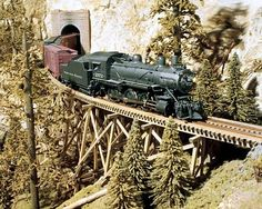 This image shows a lot of detail on this tressle. The tressle really fits the era with the steam engine I think. Ho Model Trains, Ho Trains, Train Miniature, Escala Ho, Garden Railroad, Model Train Layouts, Train Car, Models, Train Station