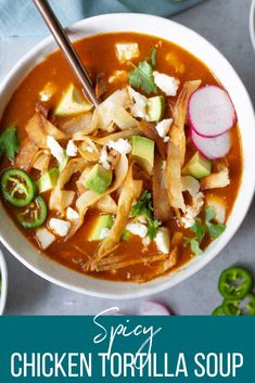 Spicy Chicken Tortilla Soup Chicken Tortilla Recipe, Mexican Food Recipes, Real Food Recipes, Eating Healthy, Healthy Food, White Bean Soup, Vegetarian Soup, Roasted Sweet Potatoes, Seafood Dishes