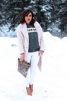 Pink coat + white jeans + leopard print