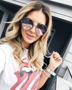 Sofisticação e estilo com o clássico formato redondo  A @zorannah escolheu o Marc Jacobs 11/S  #envyotica #marcjacobs #sunglasses #marc #sunnies #oculos