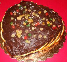 Dolce arancia, cioccolato e frutta candita.