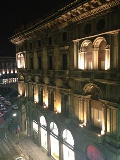 Travel to Milano with Fireflies! https://www.fireflies.com/Hotel?id=432936&type=detail&searchId=681798&order=DISTANCE_ASC&offertype_filters=&price_filters=&star_filters=&review_filters=&service_filters=&voucher_filters=1,15