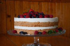 CÁCORkA: Můj narozeninový dort  Lehký korpus s kávou a jogurotvo - šlehačková náplň Cake, Desserts, Tailgate Desserts, Deserts, Kuchen, Postres, Dessert, Torte, Cookies