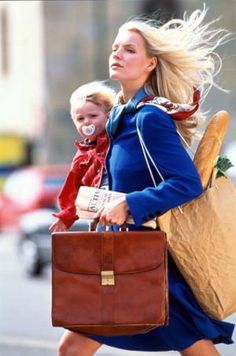 This #Working #Mama is #flawless ! Cette #maman travailleuse est #superbe !