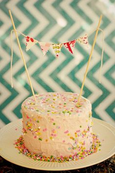 Simple Cake with Bunting, using squires and wrapping paper