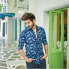 Men's fashion destination-men's styles and celebrity looks at best price Handsome Celebrities, Handsome Actors, Cute Celebrities, Indian Celebrities, Bollywood Celebrities, Celebs, Bollywood Images, Bollywood Fashion, Fashion Essay