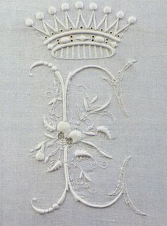 Embroidered initial monogram - Antique Linen