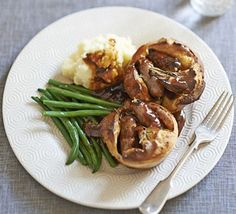 Kids Meals Mini toad-in-the-holes - cute instructions for kids and adults - BBC Good Food magazine food editor Barney adapts this classic sausage recipe to cook with his daughter Maisie Bbc Good Food Recipes, Cooking Recipes, Bbc Recipes, Cooking Kids, British Recipes, Kids Baking, Healthy Recipes, Gourmet Recipes, Family Meals