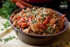 Healthy baked chicken recipe: creamy roasted red pepper chicken #chickensalad #recipe #chicken #salad