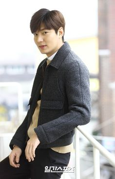 [ Korea NEWS - Daily Sports ] [Analyze IS] Before join the military, Lee Min Ho, Lee  Seung Gi ::  Work Rush '[Date: 2015 August 27 @ 08:30 hours]