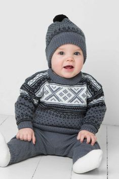 Genser, bukse og lue - Viking of Norway Crochet Baby Sweater Pattern, Baby Sweater Patterns, Baby Knitting Patterns, Diy Crafts Knitting, Knitting For Kids, Cool Sweaters, Baby Sweaters, Knitted Baby Clothes, Knitted Hats