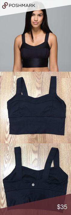 Black lululemon Bra Like new! Size 6; Small. lululemon athletica Intimates & Sleepwear Bras