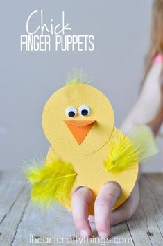 These chick finger puppets are a cute craft for kids to make and they are incredibly fun to play with afterwards. Perfect kids craft for Easter or spring time. #kidscrafts