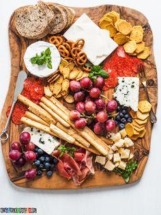 Gastro Pubs, Ketogenic Desserts, Pub Food, Up Halloween, Party Snacks, Parties Food, Food Design, Food Inspiration, Tapas