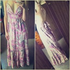 Maxi dress:)  Flowery design with sparkles throughout. It says size 2 but better fits 4, and need a C cup or bigger cup to pull it off. Perfect condition:).                           ▫️▫️▫️▫️▫️▫️▫️▫️▫️▫️▫️▫️▫️▫️▫️➡️Follow me on Instagram: @moveinstylemis.                                                     Like me on Facebook: Move in Style by Marta Bubka                                                           ✅ Subscribe to my YouTube channel: @moveinstylebymarta ✨ Jane Norman  Dresses…