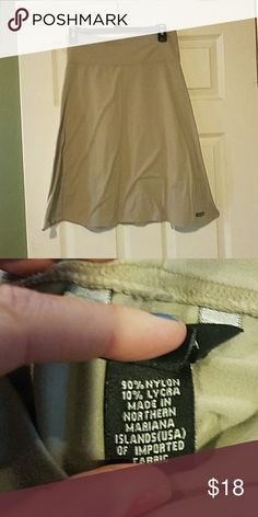 Cute skirt EUC No stains or pulls 23 inches long  Waist 27 with stretch Athleta Skirts A-Line or Full