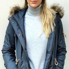 Last change to get Camilla Mørch's Copenhagen parka in stores or webshops. Thanks for pic to Marron. #ciff #copenhagen #fashionfair #fashion #function #feminine #raincoat #rain #regn #rains #rainwear #weloverain #scandinavian #sweden #foreveryrainyday #recycledpolyester #camillamorch #camillamørch #waterproof #allweathercoat #allweather #arainyday #designedinsweden #camillamorcheu #gothenburg #goteborg