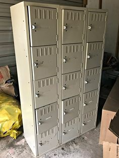 'I rescued 2 sets of metal lockers for FREE!' Look what she does