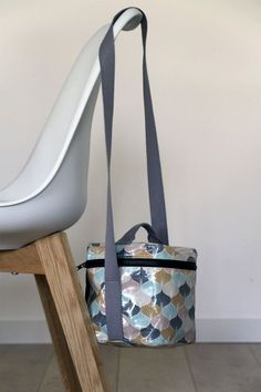 lunch bag-entier-termine 2019 lunch bag-entier-termine The post lunch bag-entier-termine 2019 appeared first on Bag Diy. Box Couture, Couture Sewing, Bag Pattern Free, Bag Patterns To Sew, Pattern Ideas, Sewing Patterns, Lunch Bag Tutorials, Sac Lunch, Diy Sac
