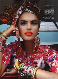 """Carmen Miranda reloaded"" - editorial from Vogue Brazil February 2013 Carmen Miranda, Ethnic Fashion, African Fashion, Boho Fashion, Vogue Editorial, Editorial Fashion, Estilo Fashion, Ideias Fashion, Brazil Fashion"