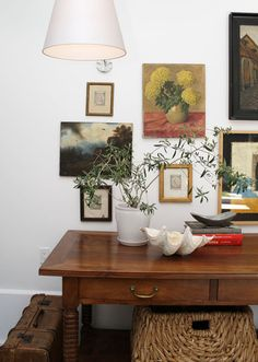 gallery placement -- i.e., low on wall