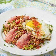 Rispytt med räkor och stekt ägg Nasi Goreng, Wok, Sushi, Chili, Beef, Recipes, Ideas, Meat, Chile
