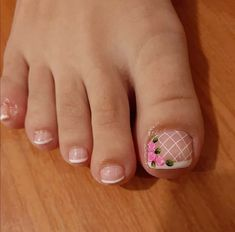 Toe Nail Art, Toe Nails, Nail Designs, Natural Colors, Pedicures, Beauty, Minnie Mouse, Ms, Toenails