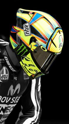 The Doctor 46 Valentino Rossi Helmet, Valentino Rossi Logo, Valentino Rossi Yamaha, Agv Helmets, Motorcycle Helmets, Motorcycle Racers, Racing Helmets, Auto Racing, Drag Racing
